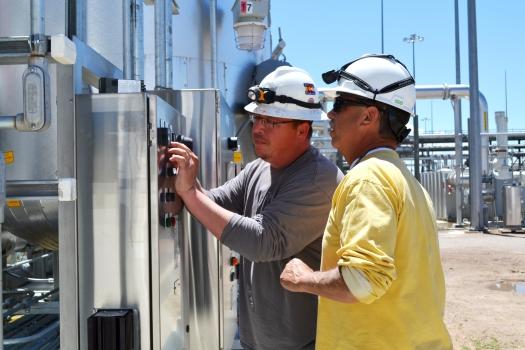 Pueblo_Chemical_Agent-Destruction_Pilot_Plant_Off-Gas_Treatment_System_(18419561879)